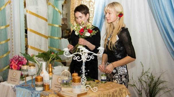 мастер-класс свадебный букет, Школа молодоженов, усадьба рукавишниковых, культура 800, букет невесты. анемоны, красный и белый, бохо.