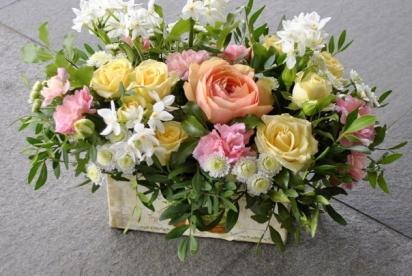 Артбукет Нижний Новгород, цветы, купить, букет, нарциccы, пионовидные розы, композиция